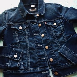 Levi's blue dark denim Jean jacket women's M